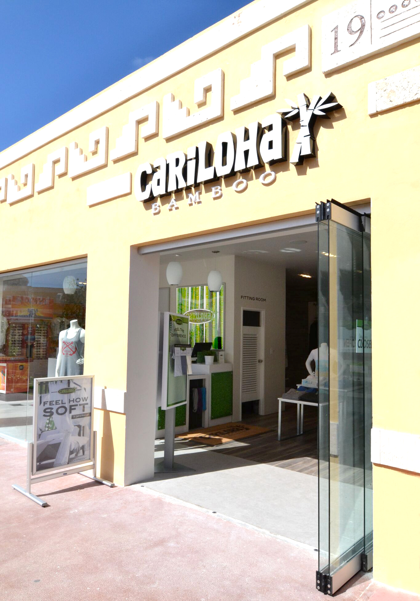 cariloha-international-pier-cozumel-store-front
