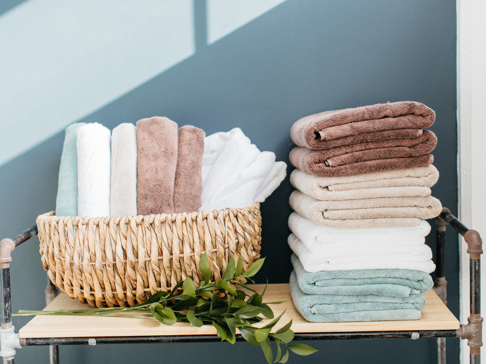 bamboo-towels-guest-bathroom