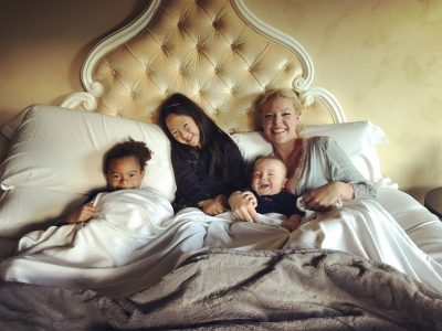 Katherine Heigl Gets Cozy with Cariloha Bamboo Bedding