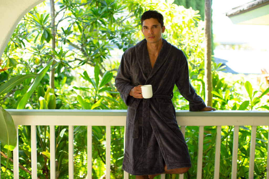 SPY Spotlights Cariloha's Bathrobe as One You'll Never Want to Take Off